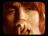 Oasis - Stop Crying Your Heart Out