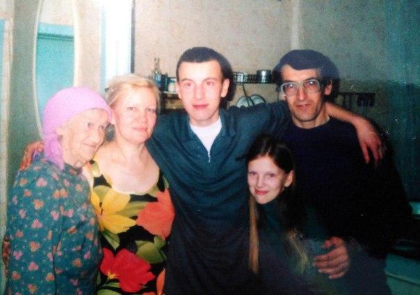 Загадочная история из Пермского края. 17 лет назад парень отправился на сборный пункт местного комиссариата, - его призвали в армию. Алексей хотел служить и не собирался отлынивать. Но с тех его никто больше не видел.