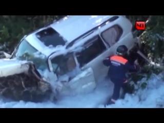 Страшное ДТП в Приморье  на трассе Владивосток - Находка ! Машину разорвало пополам!