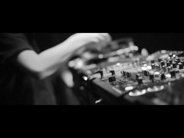 Hatti Vatti Synkro - Tokyo (Official Video)