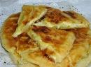 Хачапури с сыром на кефире - выпечка вкусная, но не грузинский стандарт..