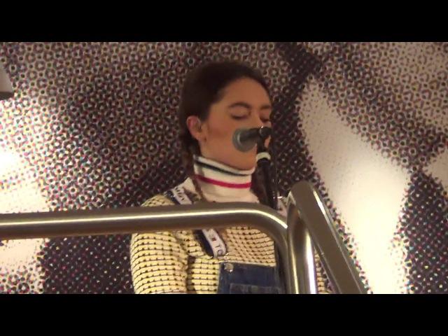 Francesca Michielin - Vulcano - 2640 Instore - Milano (12.01.18)