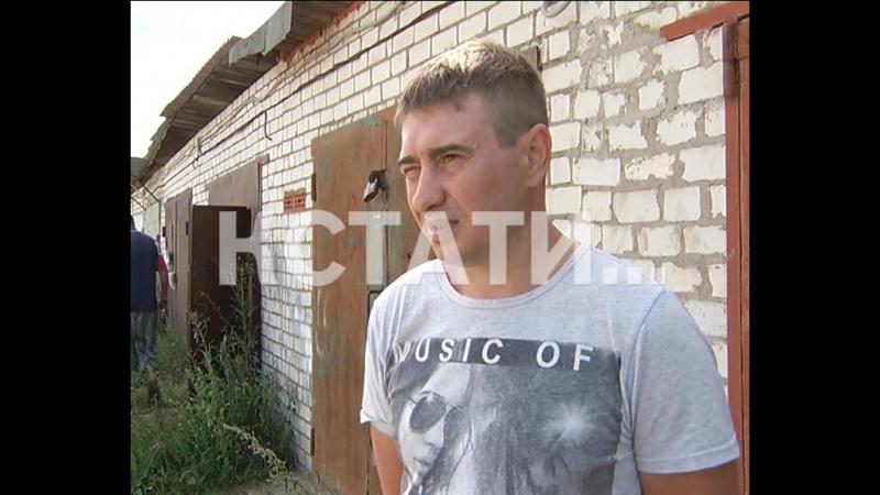 Житель поселка обвиняет полицейских в том, что они превратили его в крупного наркодилера