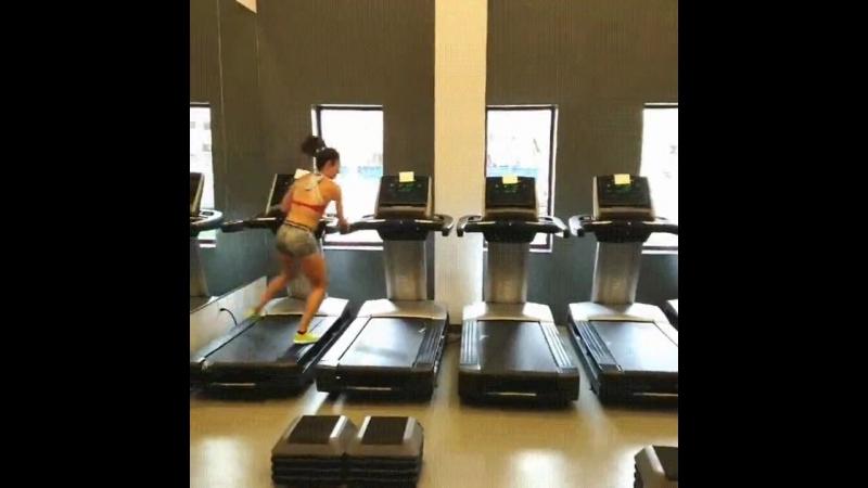 Когда в спортзале нет никого, кроме тебя