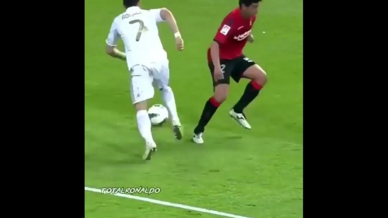 Ronaldo elastico skill-show _sunglasses__clap_type_1_2__fire.mp4