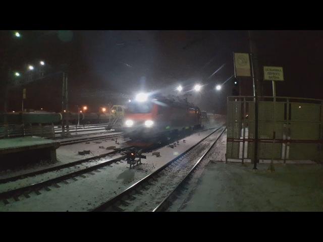 Электровоз ЭП20 004 с скоростным поездом Стриж Talgo