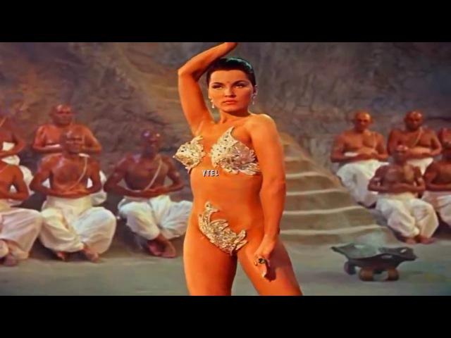 Hermosa música árabe y danza Aamir Kangda Aaja Bahon Me смотреть онлайн без регистрации