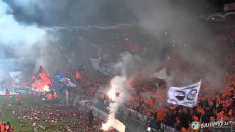 28.11.2013 Bordeaux - Eintracht Frankfurt | Walk - Pyro - Support