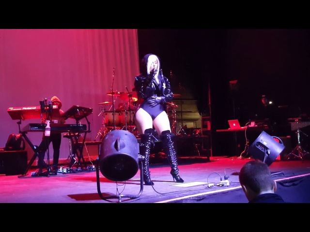 Bebe Rexha - Bad Bitch - LIVE @ the Majestic Theatre in Detroit, MI - March 22nd, 2017