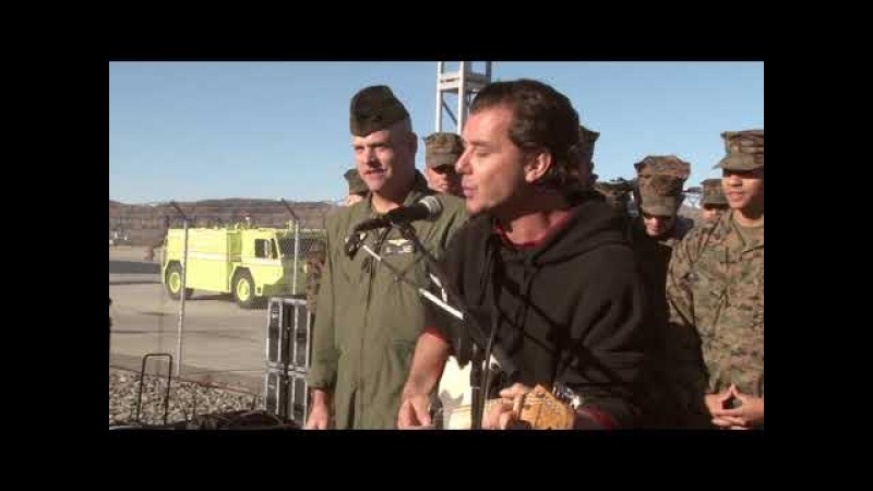 Gavin Rossdale Sings Jingle Bells with Marines