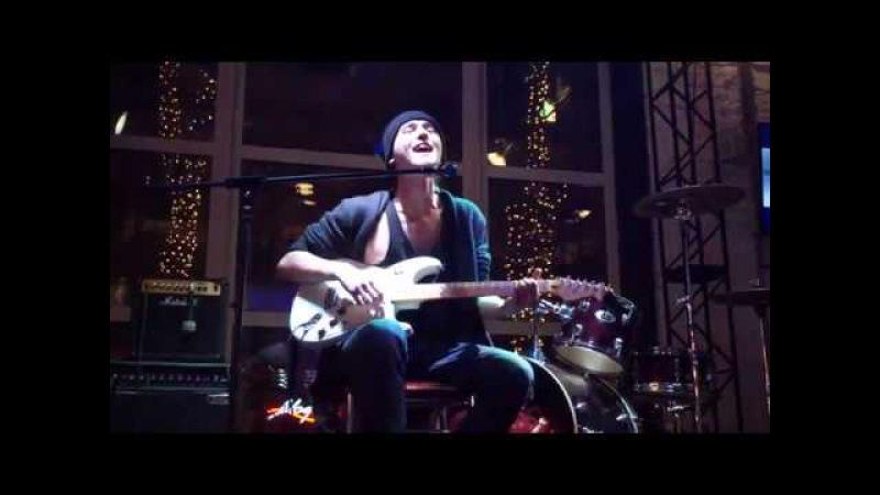 DRONOV - Песня снежинок (Live) [ЮНОСТЬ - 23.12.17]