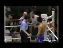 Боксер случайно отправил в нокаут рефери