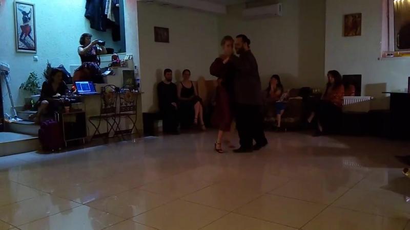 El aeroplano Juan D'Arienzo, Алексей и Мария Рукавицыны