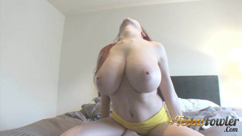 Tessa Fowler diary day waking up 1 erotic эротика fetish фетиш playboy model модель milf