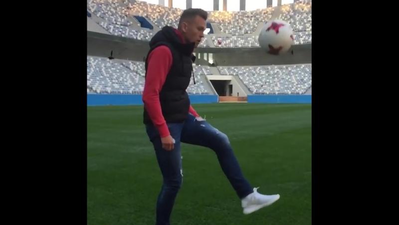 Денис Черышев на стадионе «Нижний Новгород».