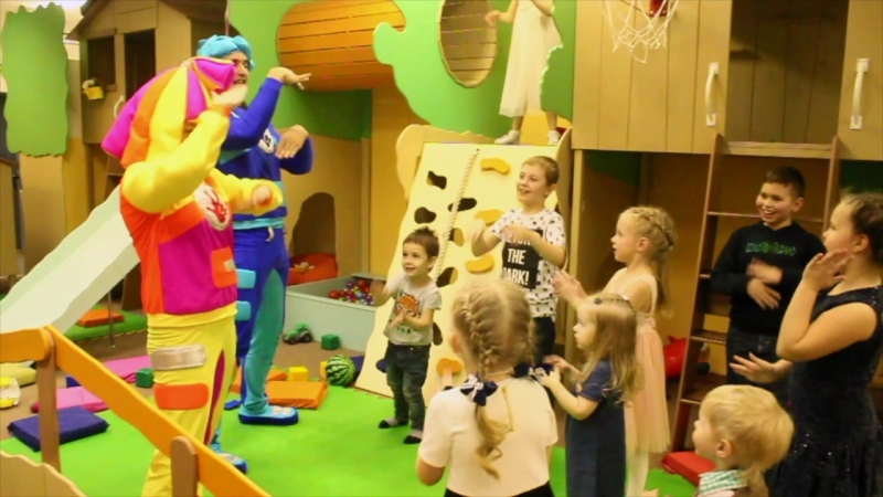 Симка и Нолик на Дне Рождения в Веселяндии
