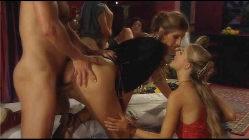 Откровенные Фильмы С Сюжетом Порно