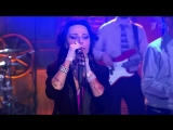 Вечерний Ургант. Жанна Агузарова - Не упрекай (12.05.2015)