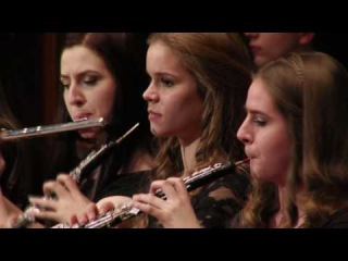 In Memory of Roger Moore James Bond 007 Orchestral Medley Main Theme Live a