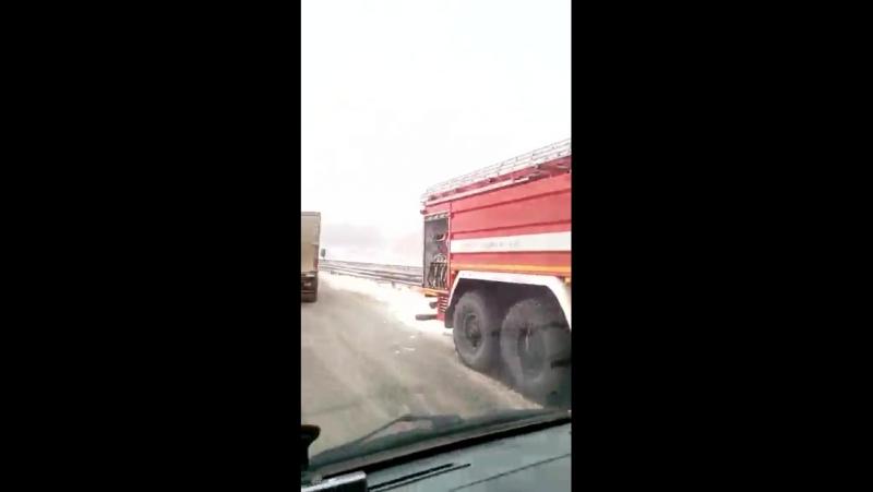 М7 возле Казани 25 января 2018 10 30 легковушка в лоб фуре всмятку