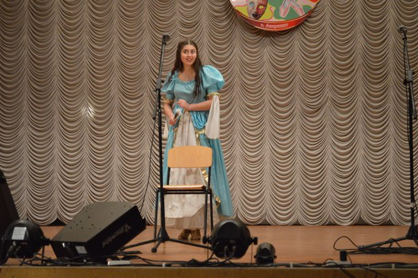 2 марта в уютном зале ЦГДК им. Ленина проходила городская олимпиада театрального искусства и ораторского мастерства.