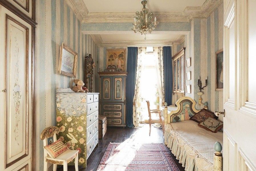 Детская комната в стиле русской дворянской усадьбы