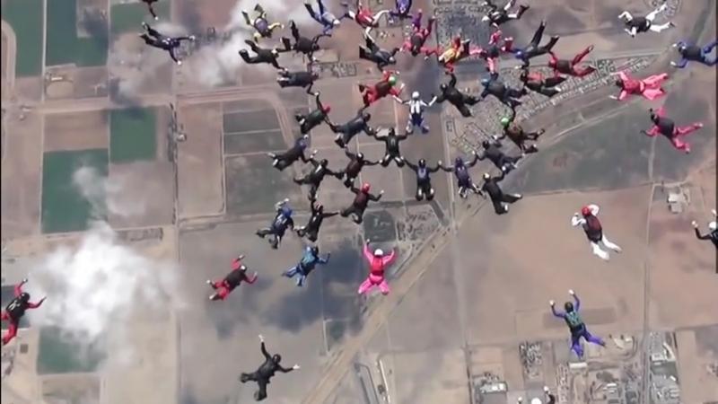 Девушки бьют мировой рекорд в небесах!
