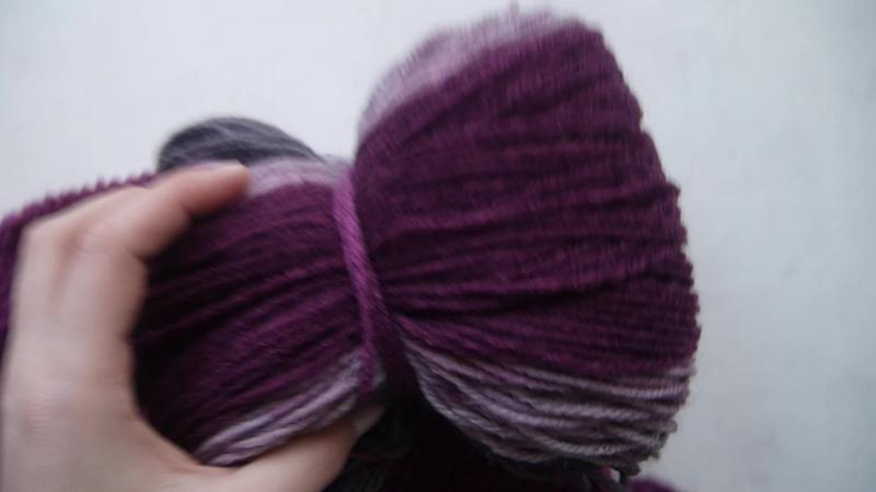 фиолетовый снуд в процессе