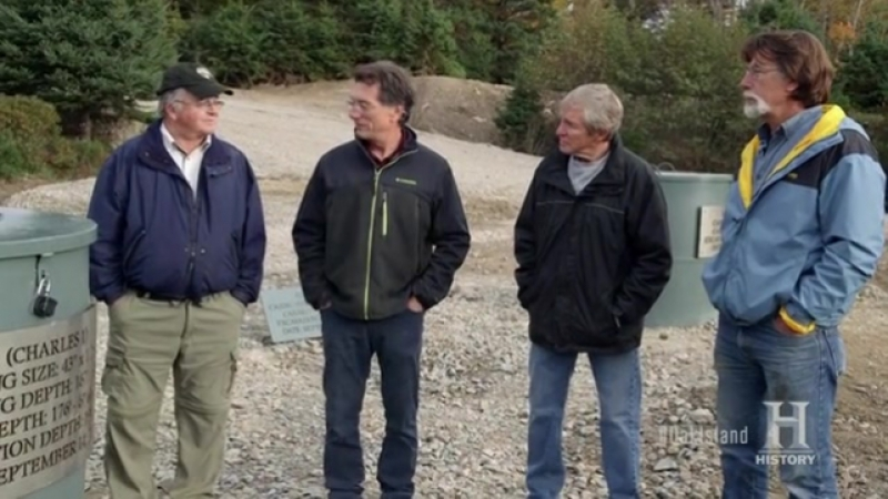 Проклятие острова Оук / The Curse of Oak Island S04E16 Special. Drilling Down - A Look Ahead