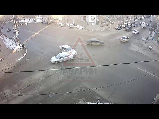 Авария на перекрестке Богдана Хмельницкого Генерала Армии Епишева