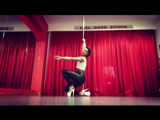 Exotic Pole Dance/ Sasha Meow.