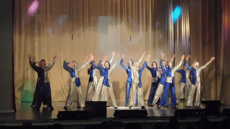 Звёздный десант студия танца Отражение средняя группа