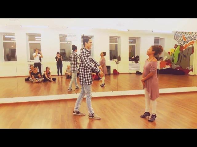 Felipe Garcia and Erica Tintel - Zouk 3 Demo (Graceland)