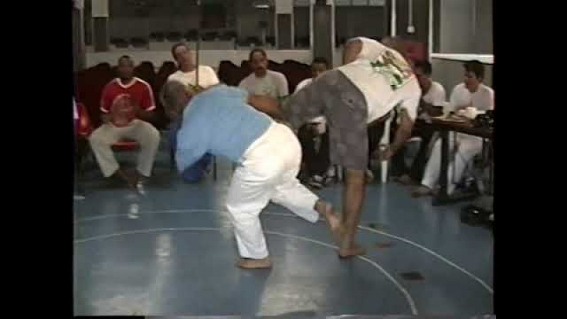 Capoeira: II Convenção de Árbitros. Diadema. São Paulo - SP. Brasil. 333 MB. 28abr a 01mai01, 5C