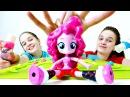 Сёстры и подарок Пинки Пай. Распаковка DaVinci ПЛЕЙ ДО. Видео с игрушками для девочек.