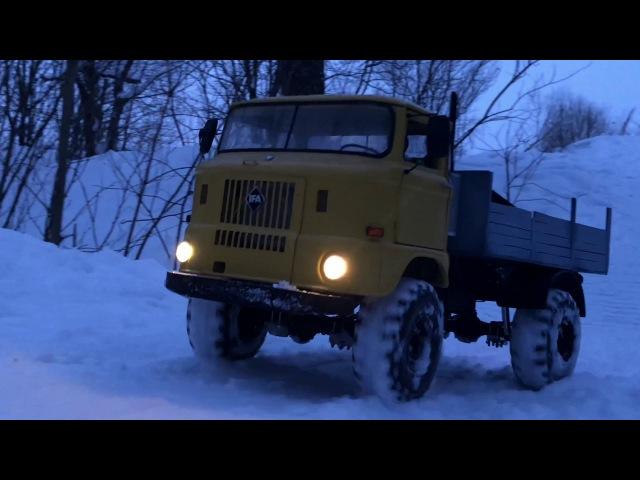 RcScaleStudio 4x4 truck IFA W50L scale run in snow evening