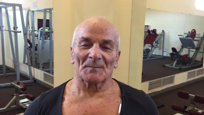 80-летний бодибилдер-чемпион.