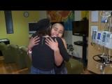 Люси Хейл посетила детскую больницу в Лос-Анджелесе // 02.12.17