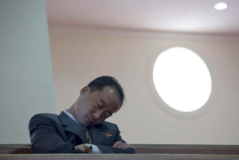 bJFYdIYdqKM - Что нельзя фотографировать в Северной Корее: 30 фото