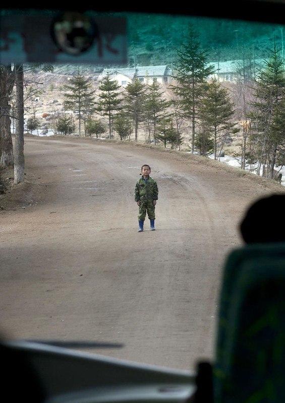 E kko 7oVzY - Что нельзя фотографировать в Северной Корее: 30 фото