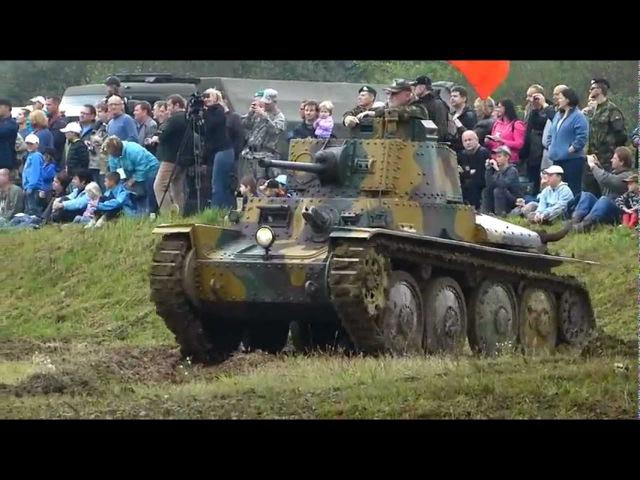 LT vz. 38 [PzKpfw 38(t)], T - 72 M4 CZ, T - 3485 Tankový den Lešany 2012