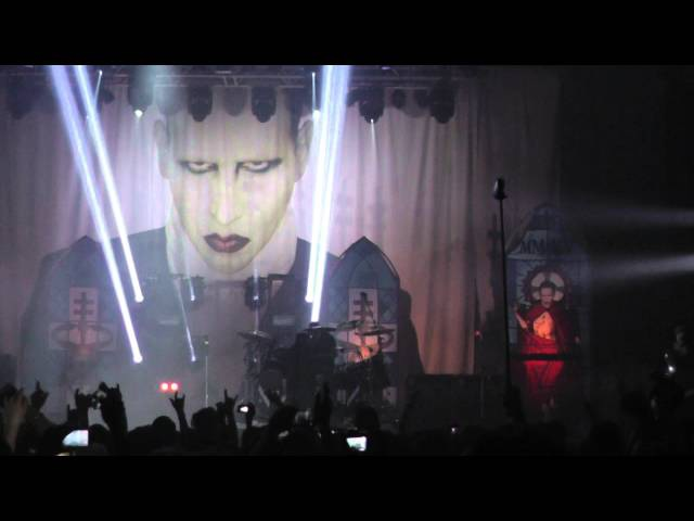 Marilyn Manson - Angel With the Scabbed Wings (w.