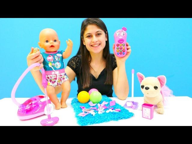 Ayşe Loli'ye ve Gül'e hediyer alıyor 🎁. Bebekbakma oyunu ve temizlikoyunu. Kızoyuncakları