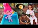 Sihirli mantar topluyoruz! Meryem Poppy'nin küçülmesine yardım ediyor. Trollerle çocuk oyunları