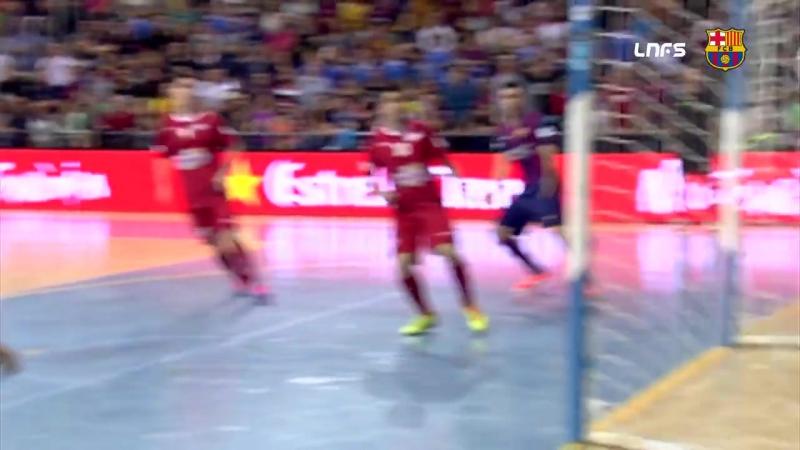 Феррао забил за Барселону 100 голов