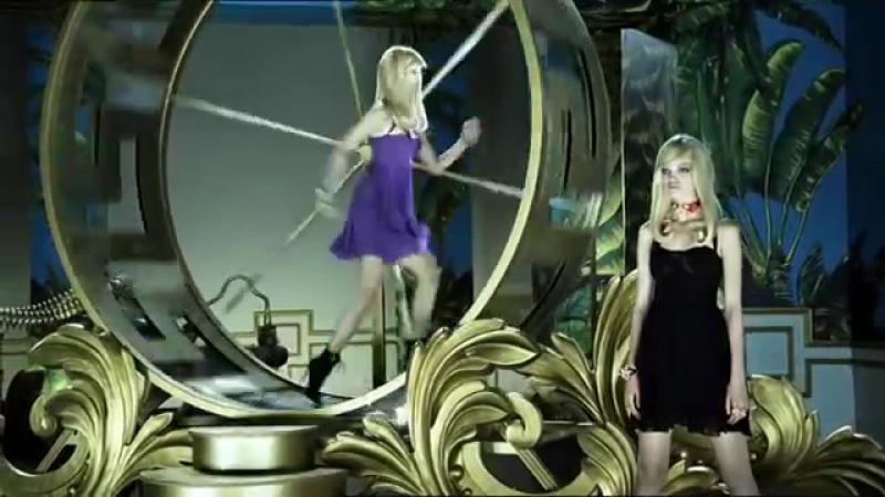 La vidéo Versace pour HM Bizarro - Comercial MK Ultra de Versace