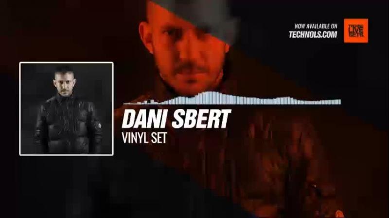 Techno music with @DaniSBERT - Vinyl Set Periscope