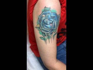 Осветление цветной татуировки для качественного перекрытия