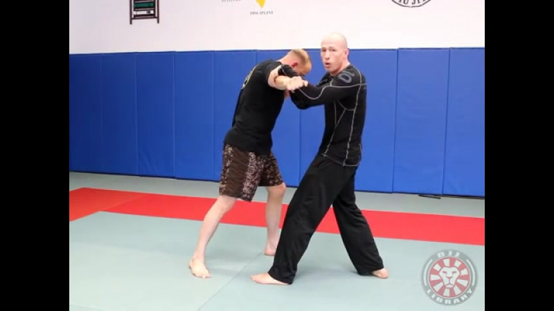 8 Self Defense Countering the Haymaker