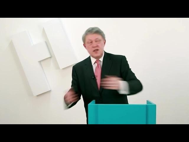 Собчак реагирует на заявление Явлинского о деньгах